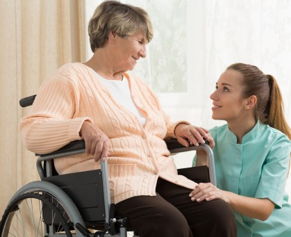 photodune 13146349 working in care home m 419x341 - Consultants & Healthcare Professionals